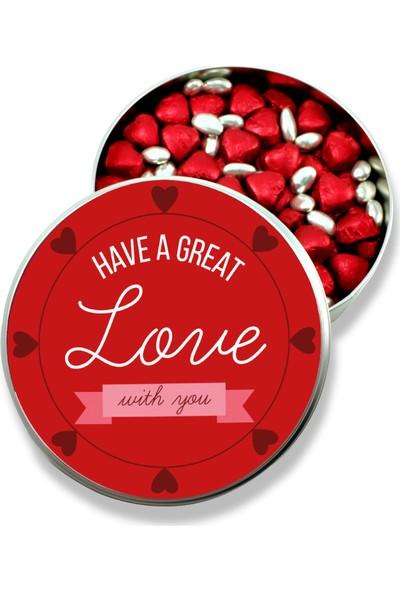 Gondol Çikolata Sevgiliye Metal Kutuda Kırmızı Kalpli Çikolata Ve Gümüş Draje (Orta Boy)