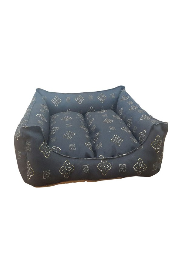 mrs.pillow Tables 1 Patterned cat and dog beds are 45 x 45 cm diameter