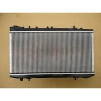 Ypc Nissan Sunny- B13- 90/94 Su Radyatörü Otomatik(Plastik Kazan) Alüminyum 1Sıra P.İç Ölçü 67/32 Tomsun