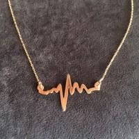Gümüş Takı Kalp Ritmi Kolye