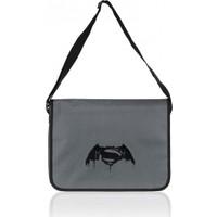 Batman V Superman Siyah Postacı Çantası