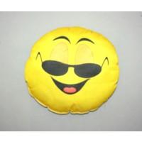 Boostzone Güneş Gözlüklü Emoji Boyun Yastığı Minderi