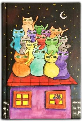 İstisna Damdaki Renkli Kediler Defter (80 Yaprak, 14 x 20 cm)