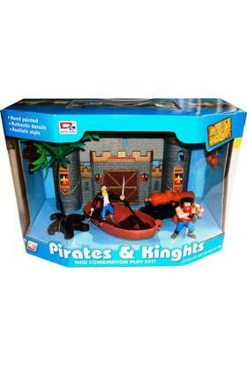 Cc Oyuncak Kaleli ve Kayıklı Korsan Oyun Seti