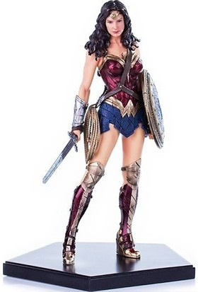 Iron Studios Wonder Woman Bvs: Dawn Of Justice Art Scale Statue
