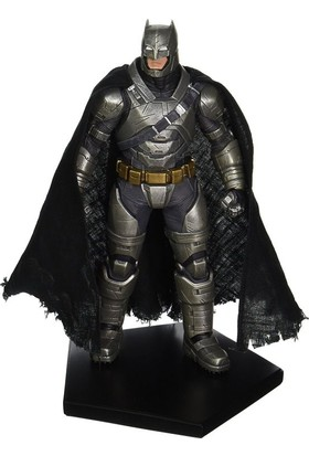 Iron Studios Armored Batman Bvs: Dawn Of Justice Art Scale Statue