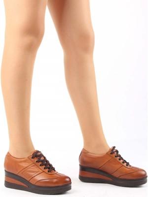 Gönderi® Hakiki Deri Yuvarlak Burun Dolgu Taban Bağcıklı Kadın Ayakkabı 21011