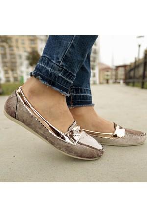 İnce Topuk Bej Kadife Loafer Ayakkabı