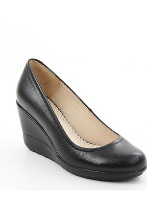 Gön Siyah Deri Kadın Ayakkabı 22373