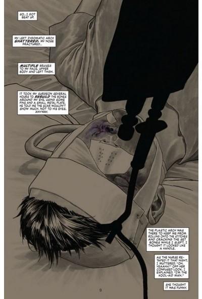 Dark Night: A True Batman Story Hardcover İngilizce Çizgi Roman