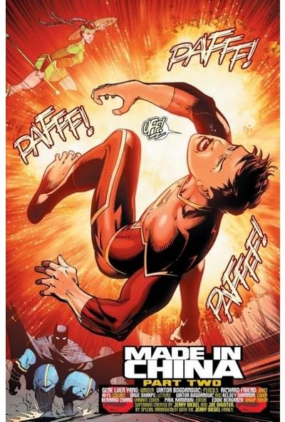 New Super-Man (2016-) #2 Fasikül İngilizce Çizgi Roman