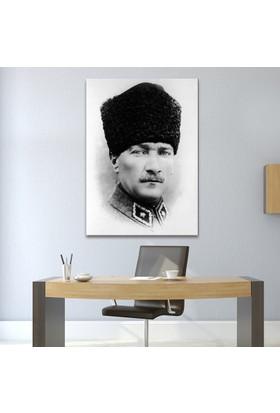 Çerçevelet Karakalem Atatürk Portresi 25 x 35 cm