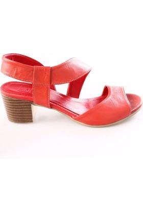 Dgn Kadın 171008 Yan Kesim Kısa Topuk Sandalet Kırmızı