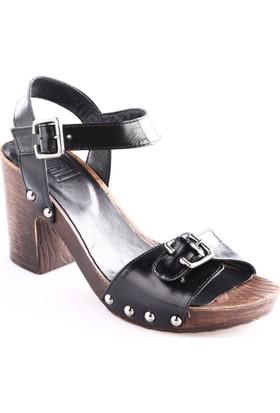 Dgn Kadın 172002 Bilekten Bağlı Takunya Taban Sandalet Siyah