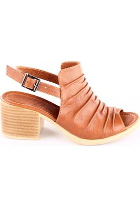 Beety Kadın 262 Piliseli Topuklu Sandalet Taba