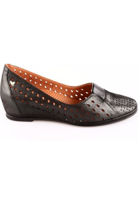 İloz Kadın 380428 Gizli Dolgu Taban Lazerli Ayakkabı Siyah Simli
