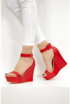 Fox Shoes Kırmızı Kadın Dolgu Topuklu Sandalet 9459608109