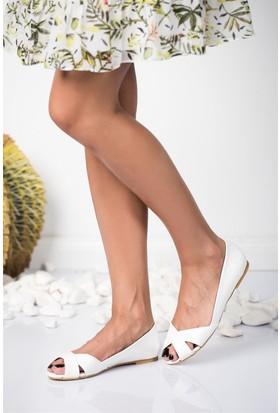 Fox Shoes Beyaz Kadın Sandalet 9726109909