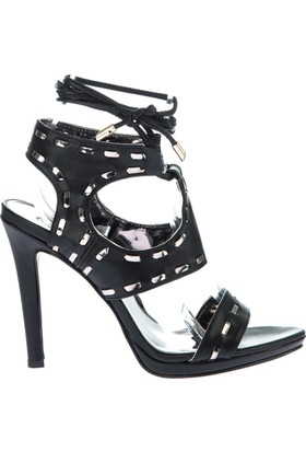 Fox Shoes Siyah Kadın Topuklu Ayakkabı D404218709