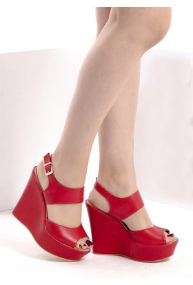 Fox Shoes Kırmızı Kadın Dolgu Topuklu Sandalet D459586009
