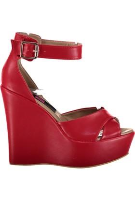 Fox Shoes Kırmızı Kadın Dolgu Topuklu Sandalet D459617709