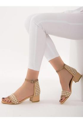 Fox Shoes TenBej Kadın Topuklu Sandalet D758282409