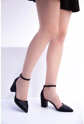 Fox Shoes Siyah Kadın Topuklu Ayakkabı D922676709