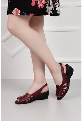Gön Deri Kadın Sandalet 45215