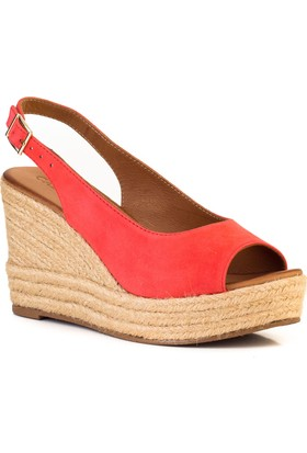 Cabani Dolgu Taban Günlük Kadın Sandalet Kırmızı