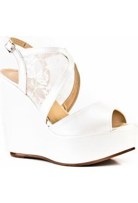 Cabani 14 cm Dolgu Taban Dantelli Günlük Kadın Ayakkabı Bej