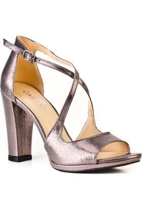 Cabani 12 cm Topuklu Çapraz Detaylı Günlük Kadın Ayakkabı Füme Deri