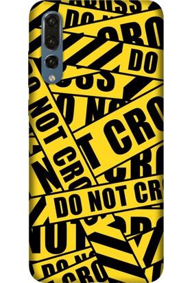 Tomkas Huawei P20 Lite Kılıf Desenli İnce Silikon Kapak - Cross Polis