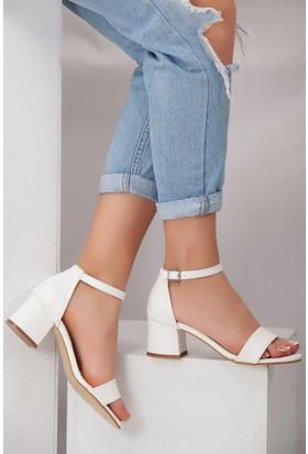 Tarçın TRC01-0079 Kadın Beyaz Topuklu Ayakkabı