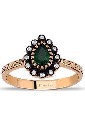 Divas Love Pırlanta Altın Zümrüt Yüzük
