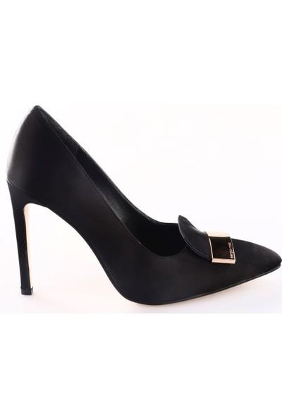 Lescarpe Kadın 413 Sivri Burun Dil Tokalı Çivi Topuklu Ayakkabı Siyah Saten