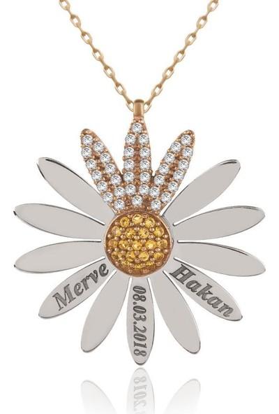 İndigo Takı İsimli Tarihli Kişiye Özel Papatya Gümüş Kolye