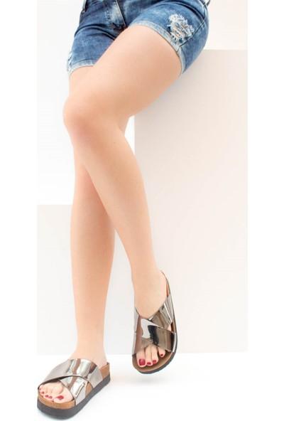 Fox Shoes Platin Kadın Terlik B777742234