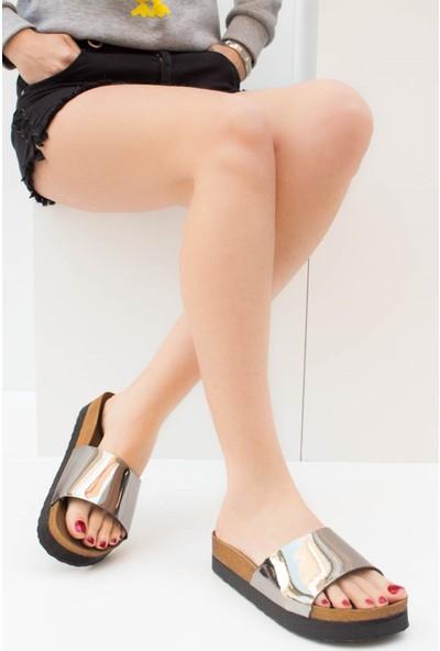 Fox Shoes Platin Kadın Terlik B777786534