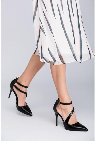 Fox Shoes Siyah Kadın Topuklu Ayakkabı D340089709