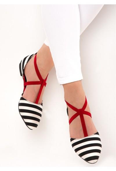 Fox Shoes Siyah Beyaz Kırmızı Kadın Babet D726537304
