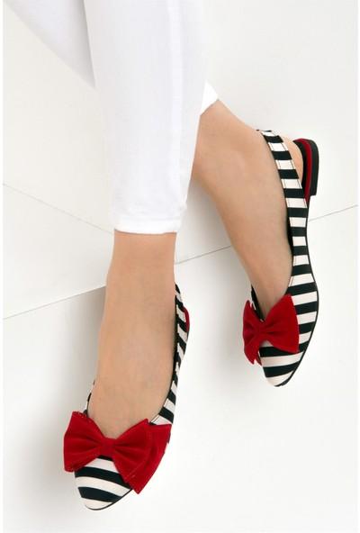 Fox Shoes Siyah Beyaz Kırmızı Kadın Babet D726774404