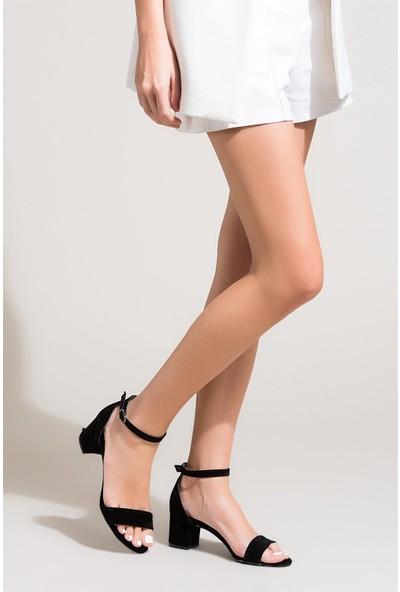 Fox Shoes Siyah Kadın Topuklu Sandalet B922631002