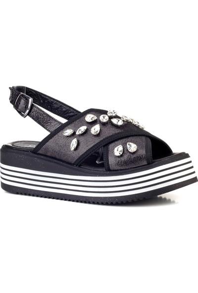 Cabani Dolgu Topuk Günlük Kadın Sandalet Antrasit Saten Deri