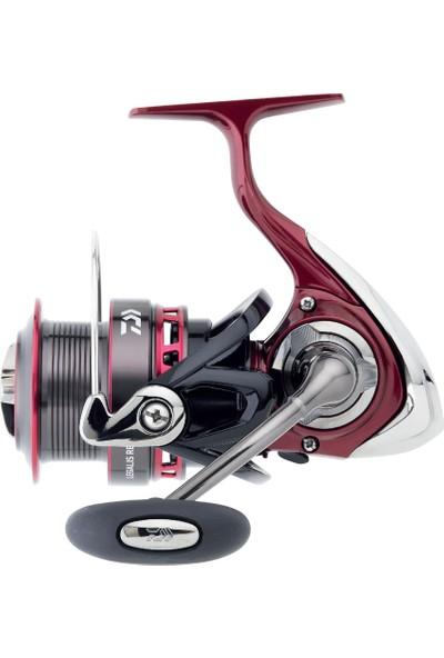 Daiwa Legalis Red Black 3012 H Olta Makinesi