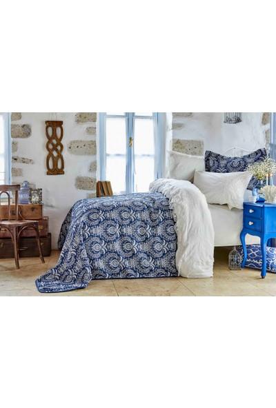 Karaca Home Elina Beyaz Çift Kişilik Dantelli Nevresim ve Yatak Örtüsü Seti