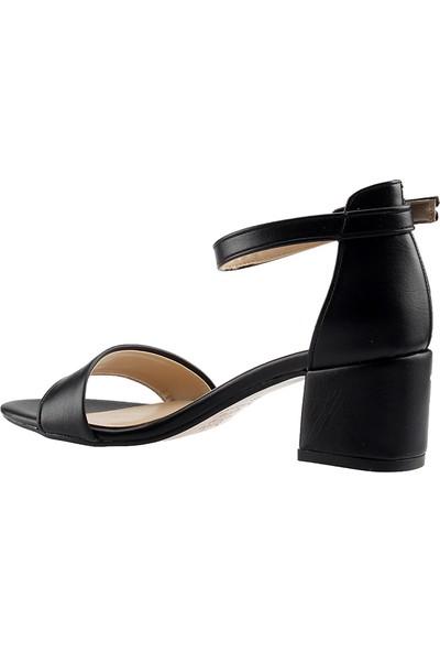 Ayakland Bsm 62 Siyah Kadın Sandalet