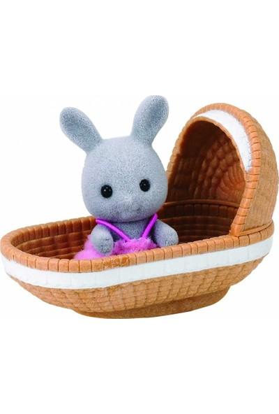 Sylvanian Families Bebek Tavşan ve Beşik