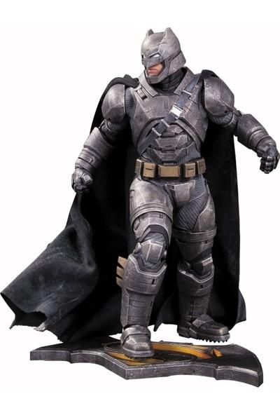 DC Collectibles Batman vs Superman: Dawn of Justice Armored Batman Statue