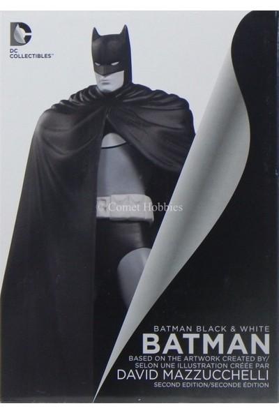 DC Collectibles Batman: Black and White: Batman by David Mazzucchelli Second Edition Statue