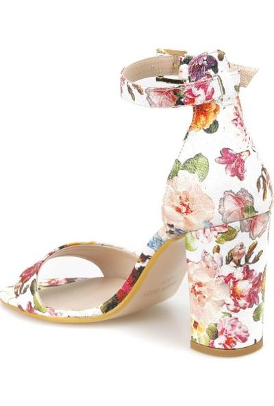 Butigo 18S-826 Bej Kadın Sandalet